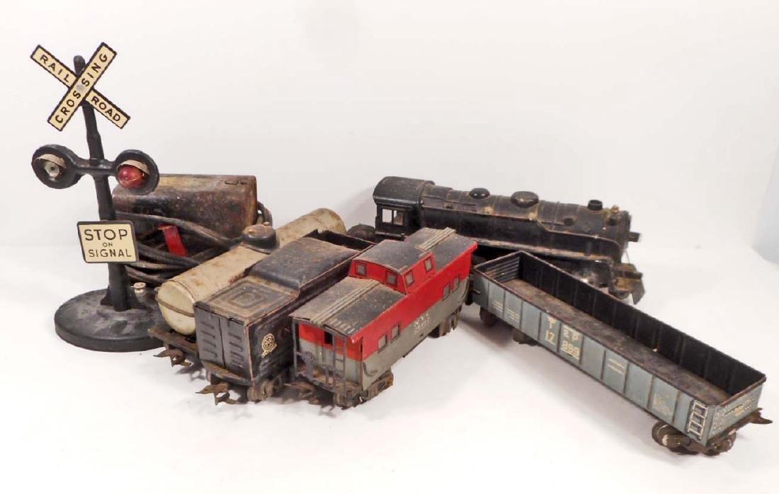 VINTAGE MARX TIN LITHO TRAIN SET W/ ENGINE &