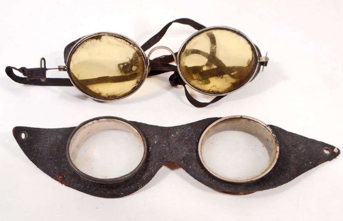 LOT OF 2 VINTAGE GOGGLES