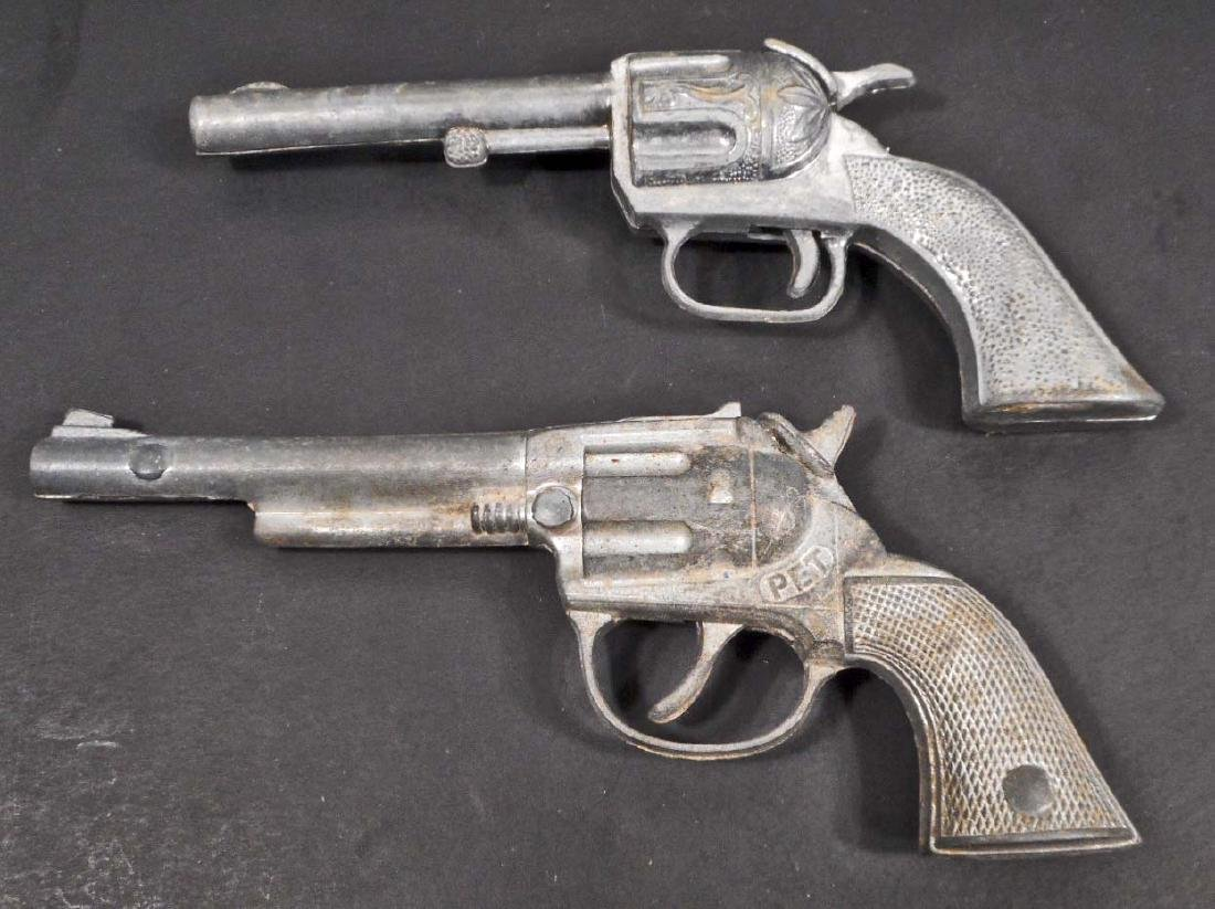 LOT OF 2 VINTAGE TOY CAP GUNS - HUBLEY