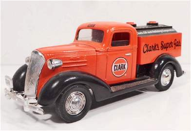 LIMITED EDITION DIE CAST METAL CLARKS GASOLINE FORD