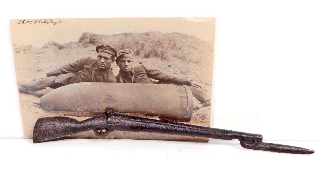 VINTAGE RPPC REAL PHOTO POSTCARD OF MARINES LAYING