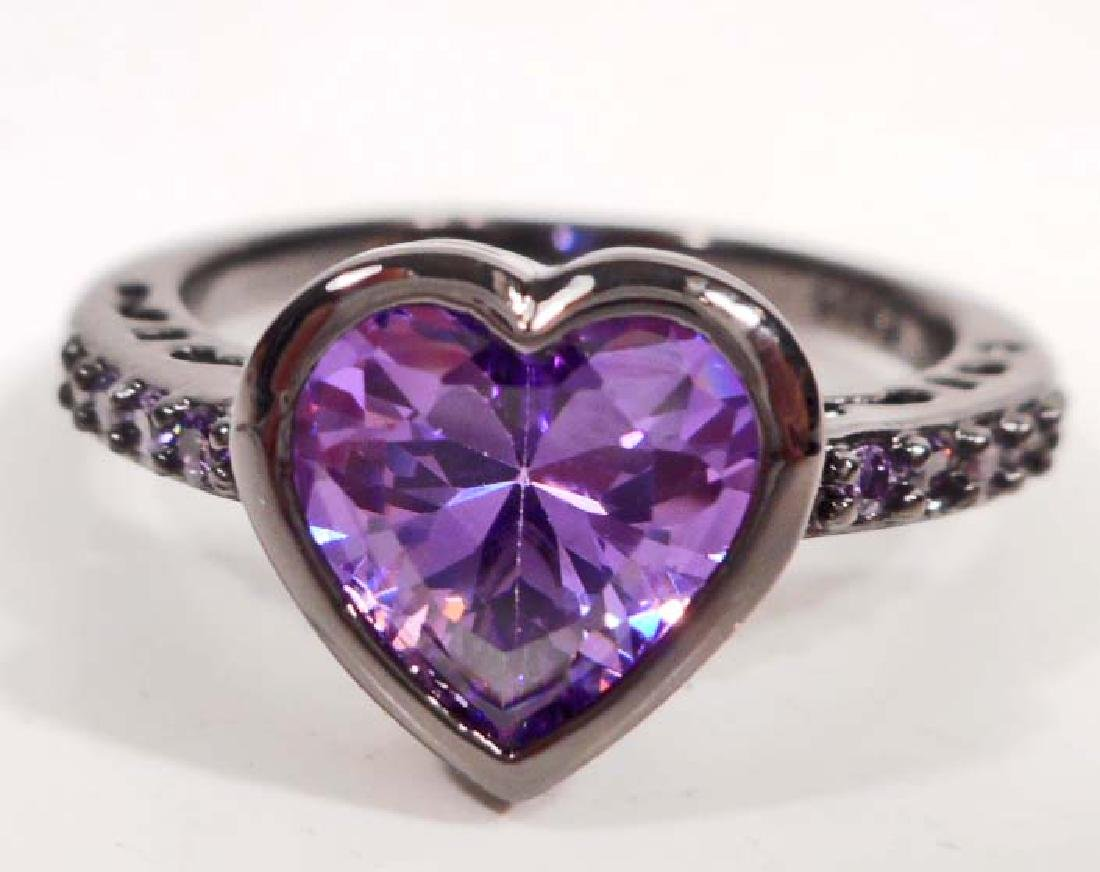 ADORABLE PURPLE GEMSTONE HEART RING - SIZE 8
