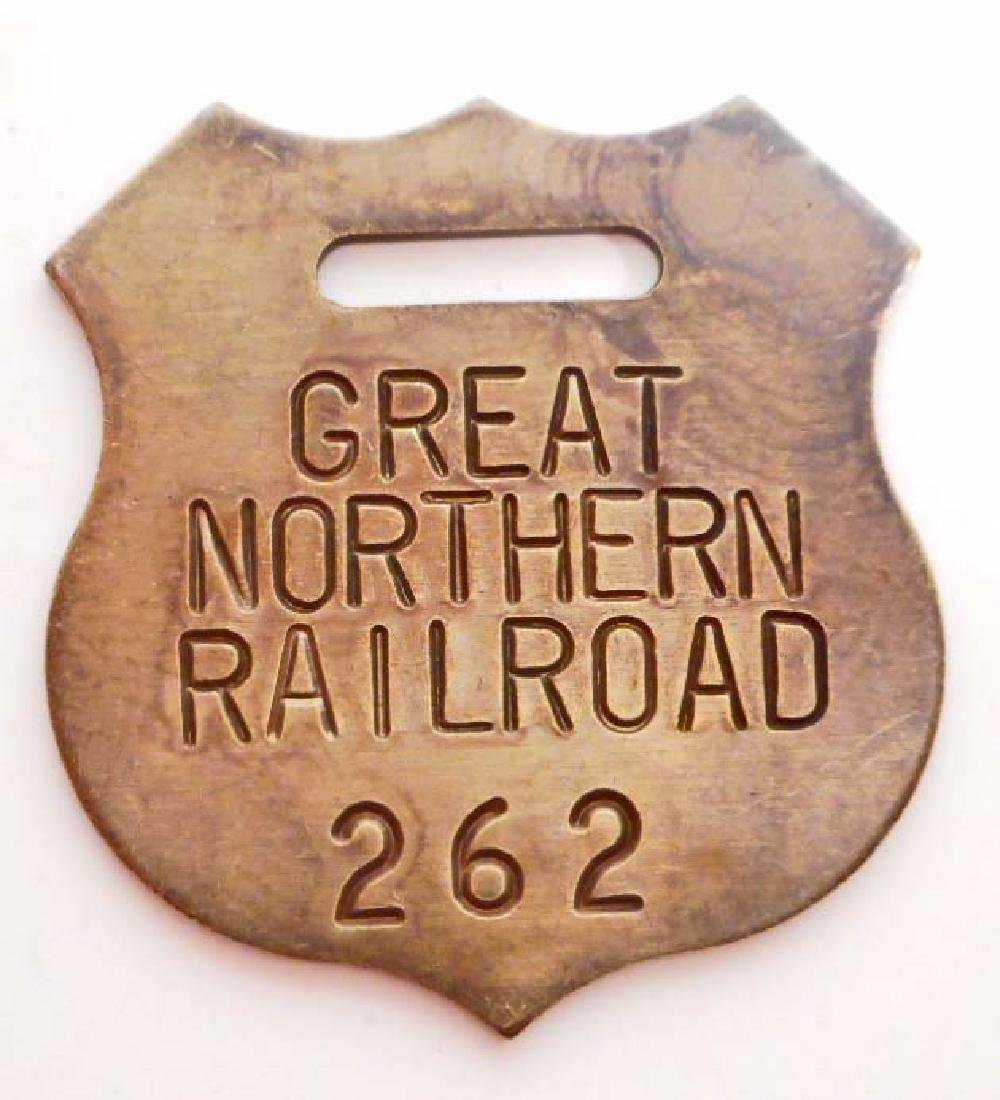 GREAT NORTHERN RAILROAD METAL SHIELD WATCH FOB