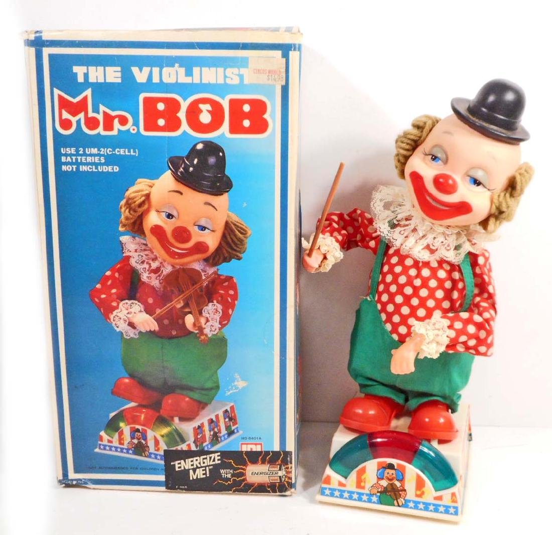 VINTAGE MR. BOB CLOWN VIOLINIST PLAYER TOY - BATTERY