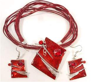 FANTASTIC BLOOD RED NECKLACE AND EARRINGS COSTUME