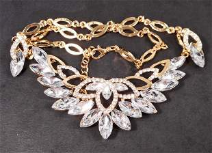 CRYSTAL JEWELRY NECKLACE AND EARRING SET