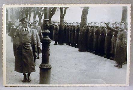 18: WW2 NAZI GERMAN PHOTO OF ADOLF HITLER INSPECTING TR