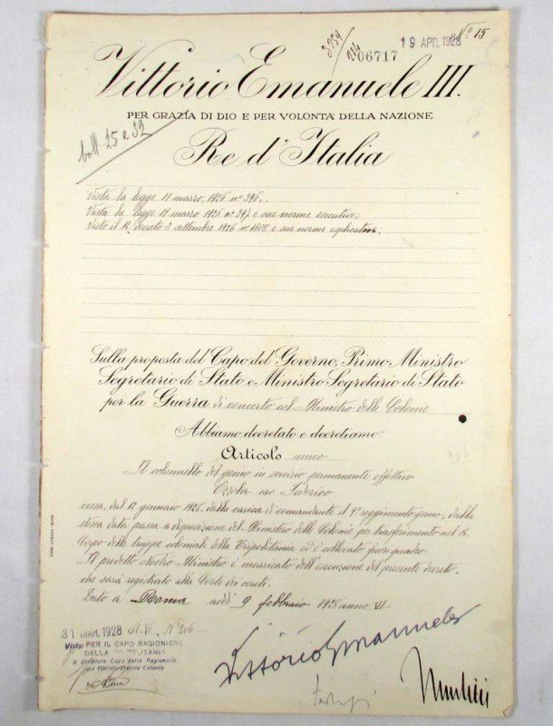 38: 1928 ITALIAN MILITARY DOCUMENT SIGNED BY MUSSOLINI