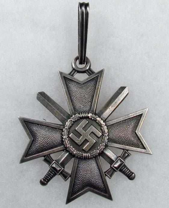 322: WW2 GERMAN NAZI KNIGHTS CROSS TO THE WAR MERIT CRO