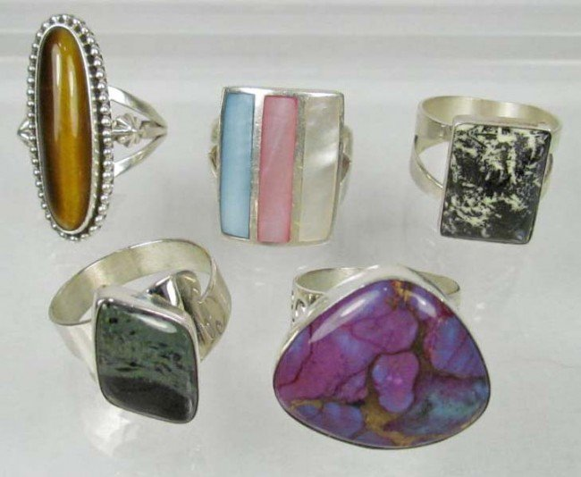 8: LOT OF 5 STERLING SILVER ESTATE JEWELRY RINGS -1.70