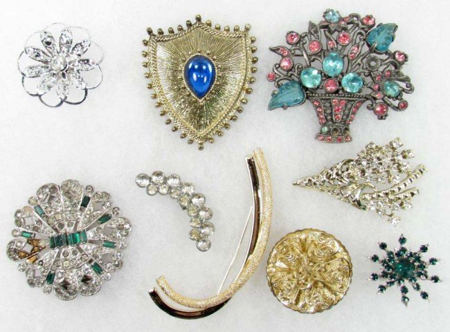 16: LOT OF VINTAGE COSTUME JEWELRY BROOCHES