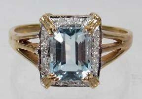 18: 10K GOLD LADIES DIAMOND AND GEMSTONE RING - 3.09 GR