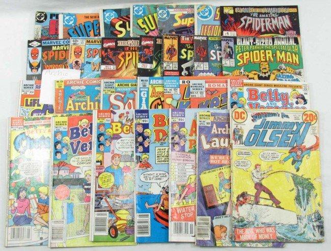 22: LARGE LOT OF VINTAGE COMIC BOOKS