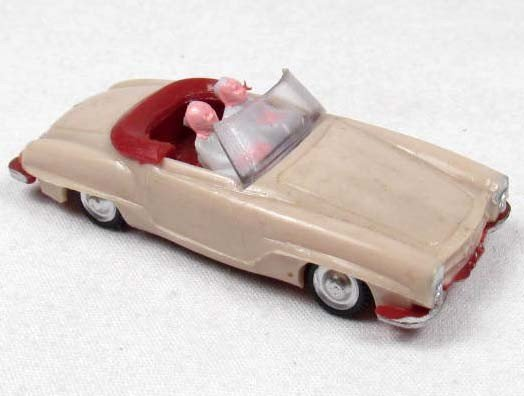 1: SMALL EKO PLASTIC TOY CAR W/ PEOPLE