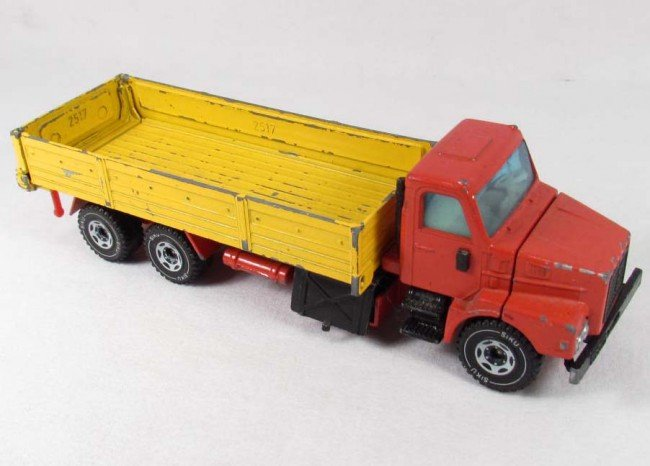 11: SIKU VOLVO 12 TURBO 6 DIE CAST TOY TRUCK