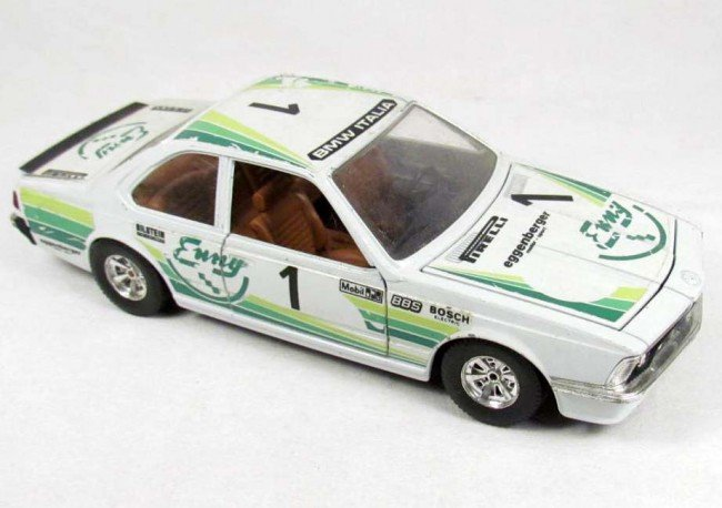 14: BURAGO BMW 635 CSI DIE CAST TOY CAR