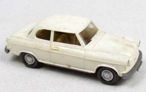 22: WIKING BORGWARD ISABELLA PLASTIC TOY CAR