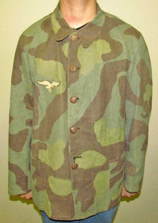 11: GERMAN NAZI CAMOUFLAGE COAT W/ BREAST EAGLE PATCH