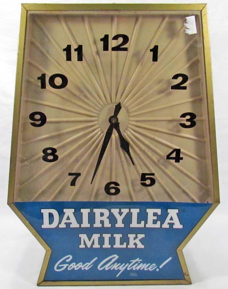 20: VINTAGE DAIRYLEA MILK ADVERTISING WALL CLOCK