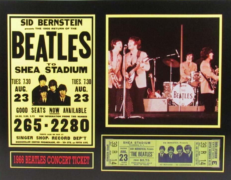 116: 3558 - THE BEATLES PHOTO & REPLICA SHEA STADIUM DI