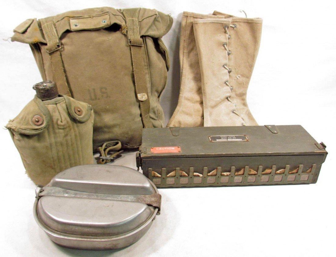 305: LOT OF US WW2 ARMY FIELD GEAR
