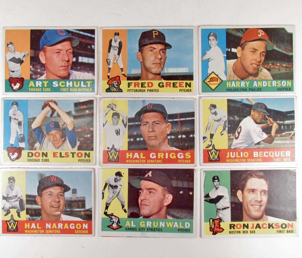 365: LOT OF 9 1960 TOPPS BASEBALL CARDS