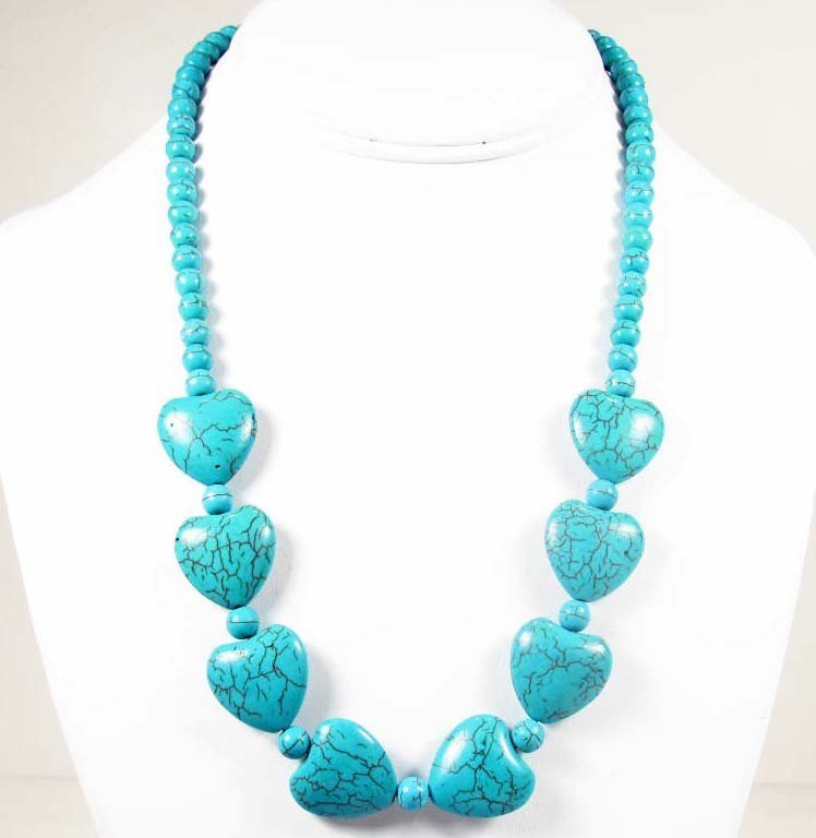 5: 8943 - TIBETAN HEART SHAPED TURQUOISE NECKLACE