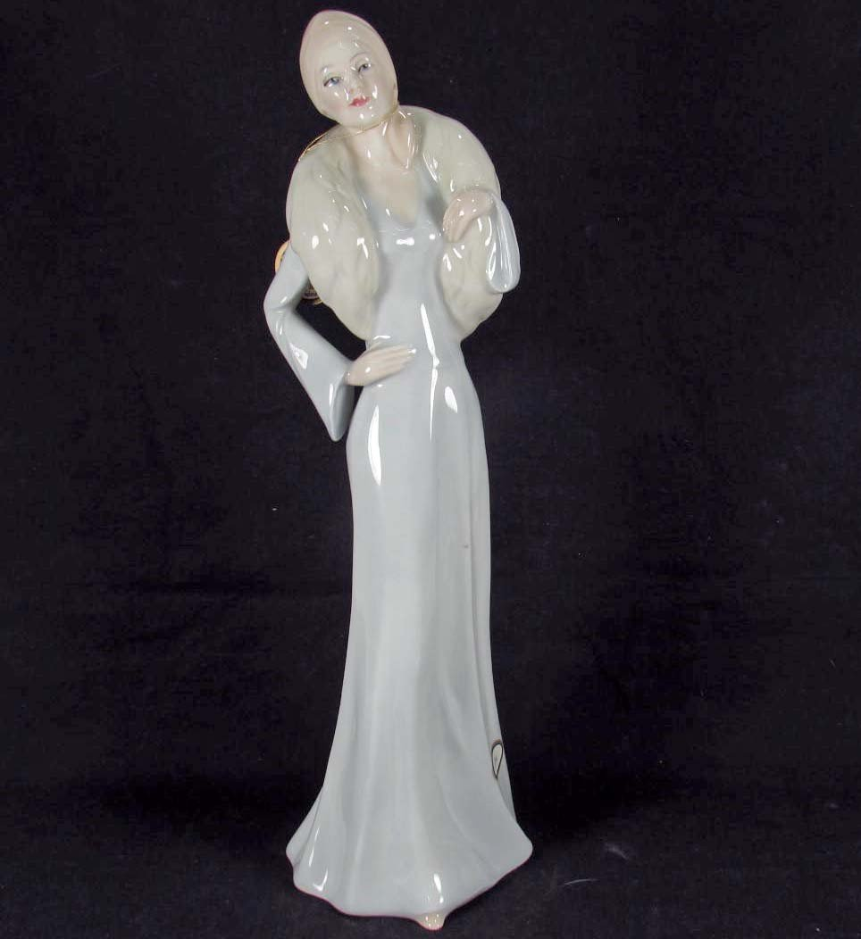 20: ROYAL DOULTON REFLECTIONS FIGURINE - CHIC HN 2997