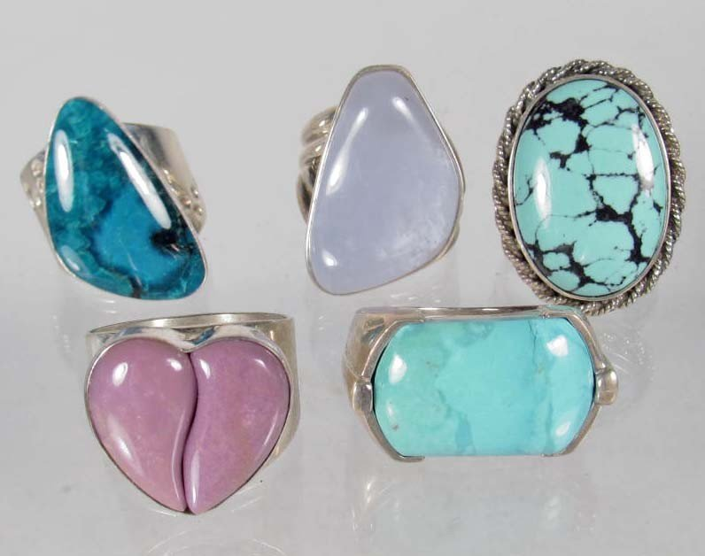 3: LOT OF 5 STERLING SILVER AND GEMSTONE RINGS - 2.25 O