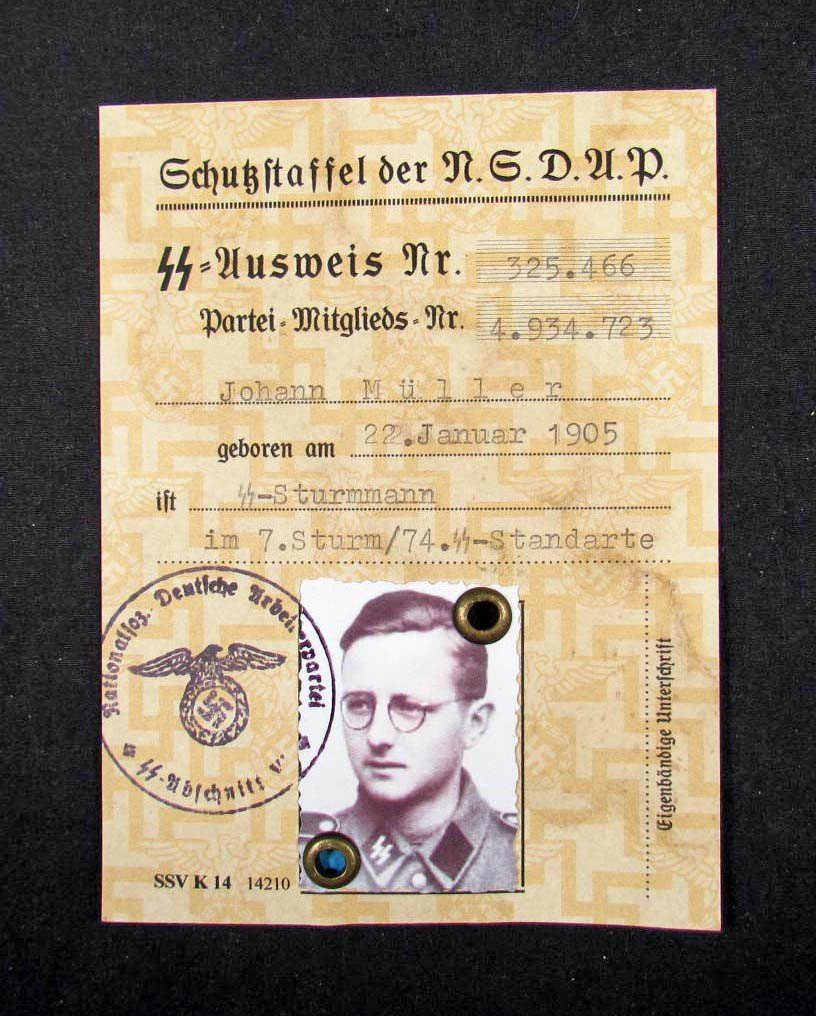 8: GERMAN NAZI ID DOCUMENT AUSWEIS OF THE SS-MAN W/ PHO