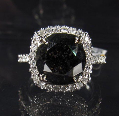 8A: 69262 - 14K WHITE GOLD LADIES BLACK AND WHITE DIAMO