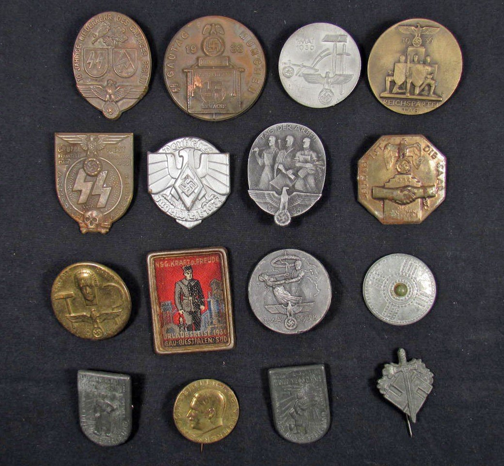17: LOT OF 16 GERMAN NAZI TINNIE BADGES