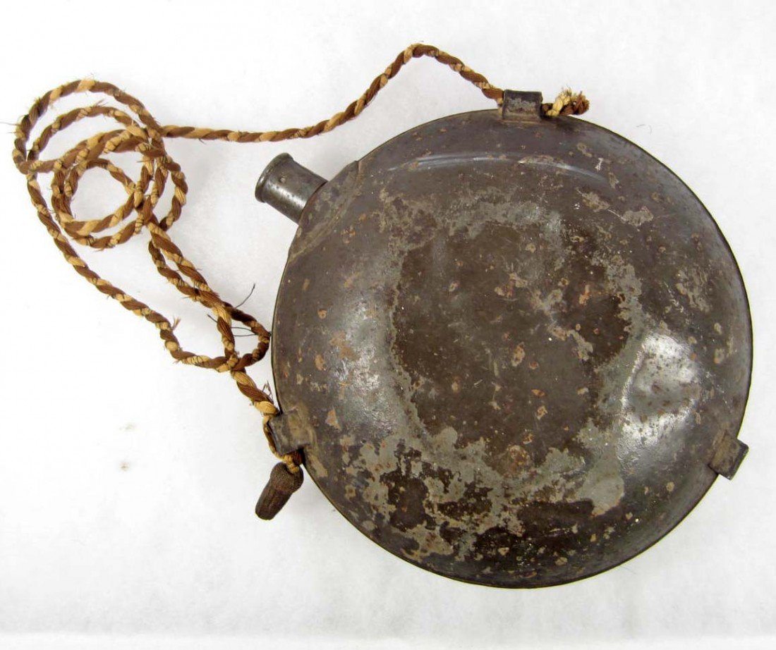 23: CIVIL WAR ERA METAL CANTEEN - 2