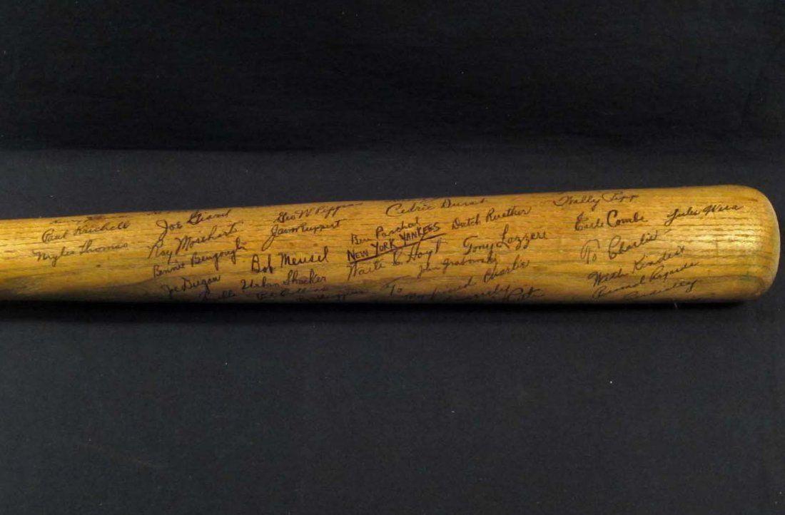RARE 1927 NY YORK YANKEE TEAM SIGNED BASEBALL BAT