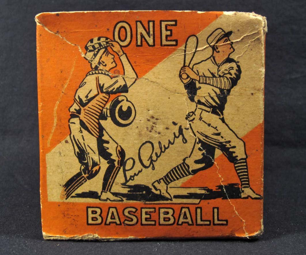 112: LOU GEHRIG SIGNATURE ON VINTAGE BASEBALL BOX W/ CO