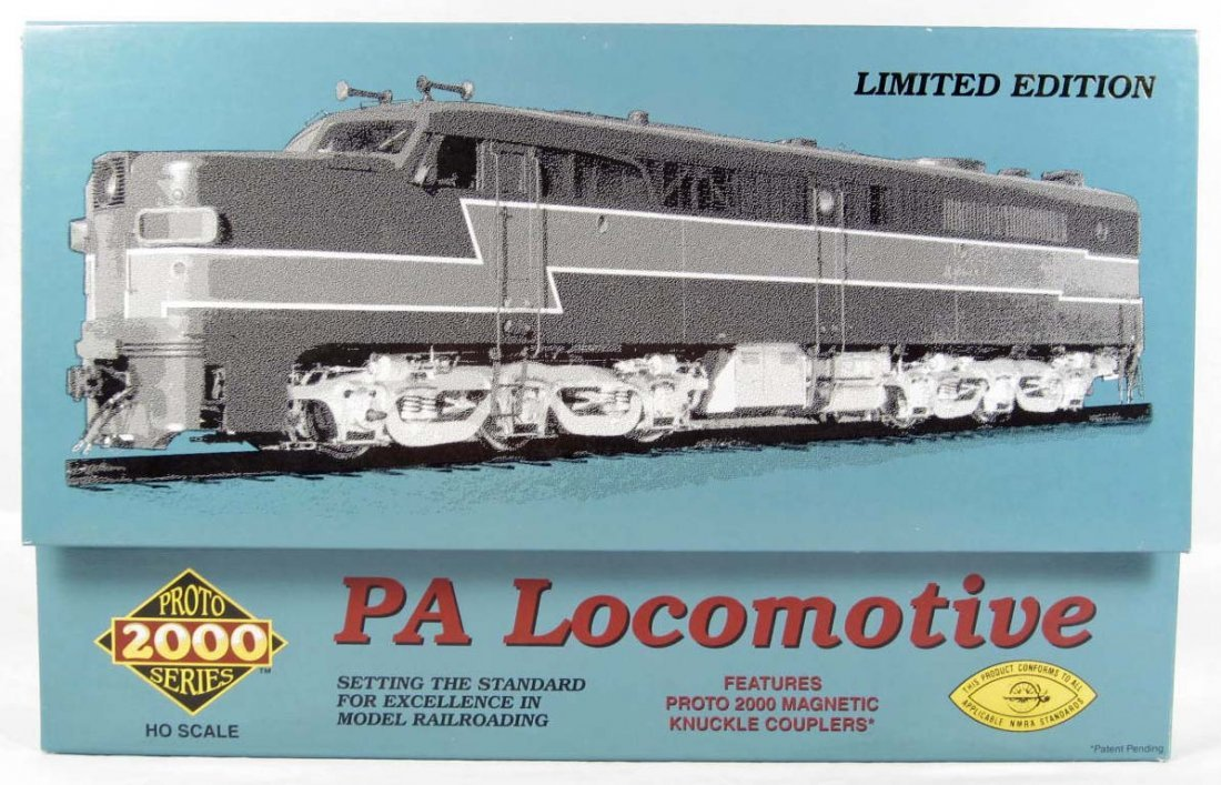 124: SOUTHERN PACIFIC PA LOCOMOTIVE - HO SCALE - LIMITE