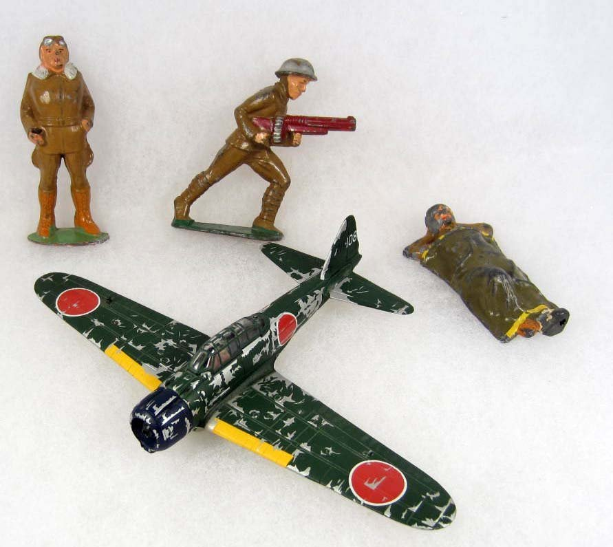 13: LOT OF 3 BARCLAY LED SOLDIERS AND CORGI AIRPLANE