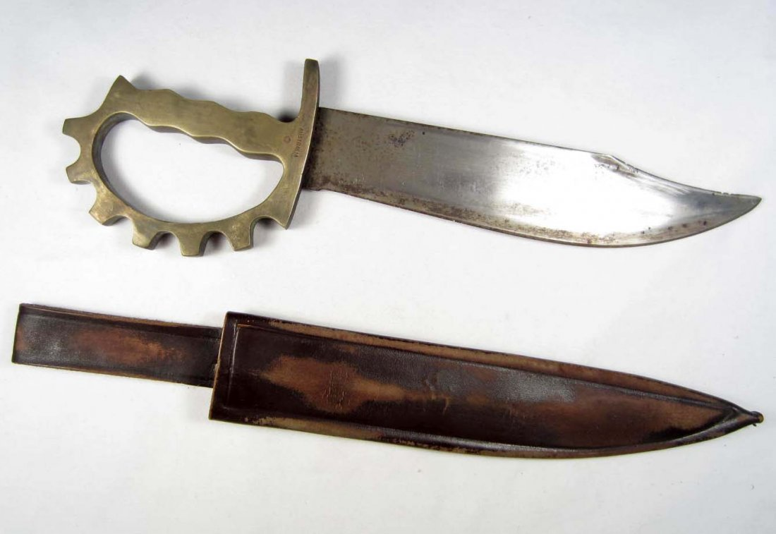 113: RARE US ARMY RANGER BRASS KNUCKLE KNIFE W/ LEATHER