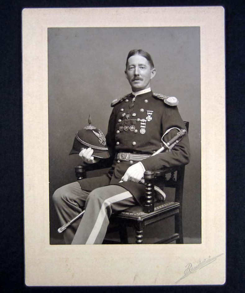 16: C. 1880'S MOUNTED PHOTO OF A US MILITARY SOLDIER IN