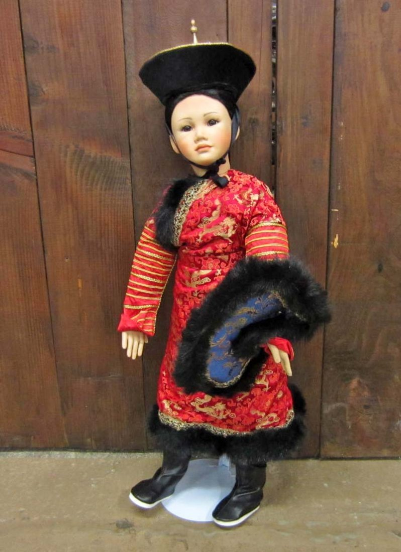 12: LIMITED EDITION DESIGNER GUILD COLLECTIBLE DOLL IN