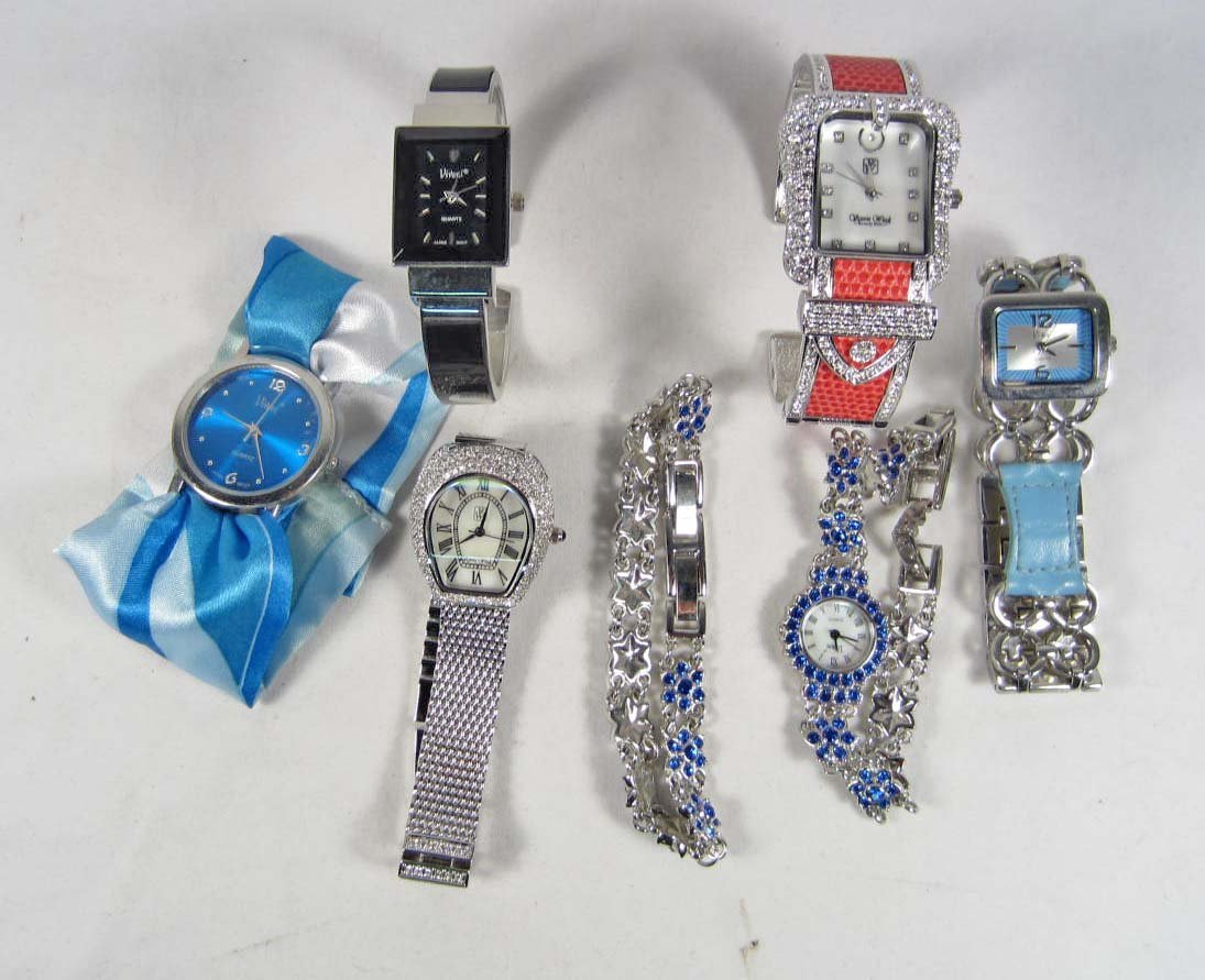 14: LOT OF 6 ESTATE JEWELRY WATCHES
