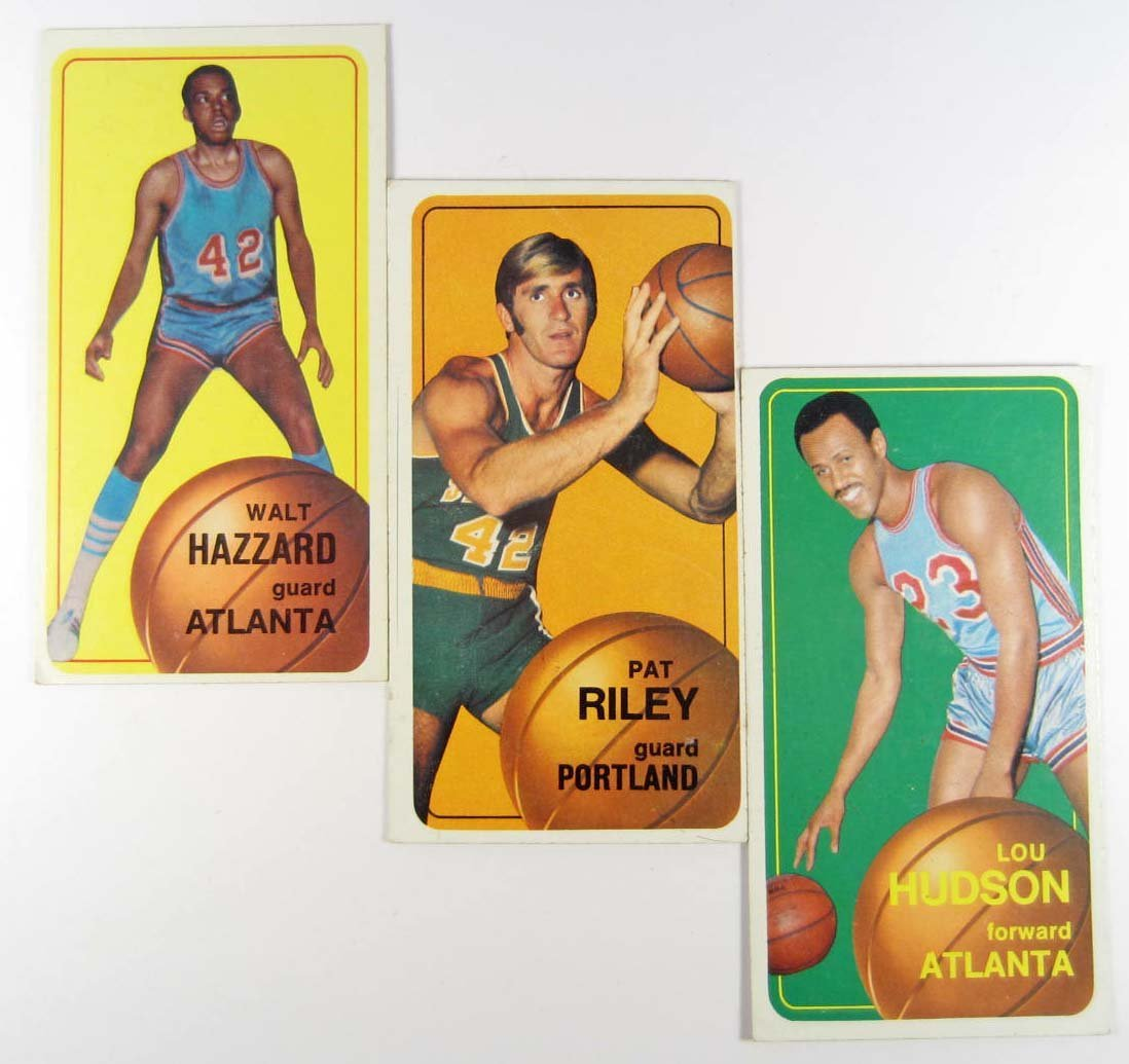 19: LOT OF 3 1970-71 TOPPS BASKETBALL CARDS