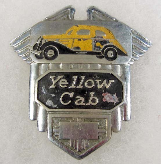 11: VINTAGE CHICAGO YELLOW CAB CAP BADGE