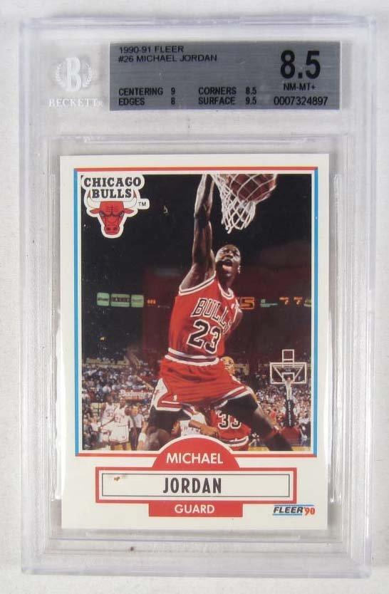 23: 1990-91 FLEER #26 MICHAEL JORDAN BASKET BALL CARD -