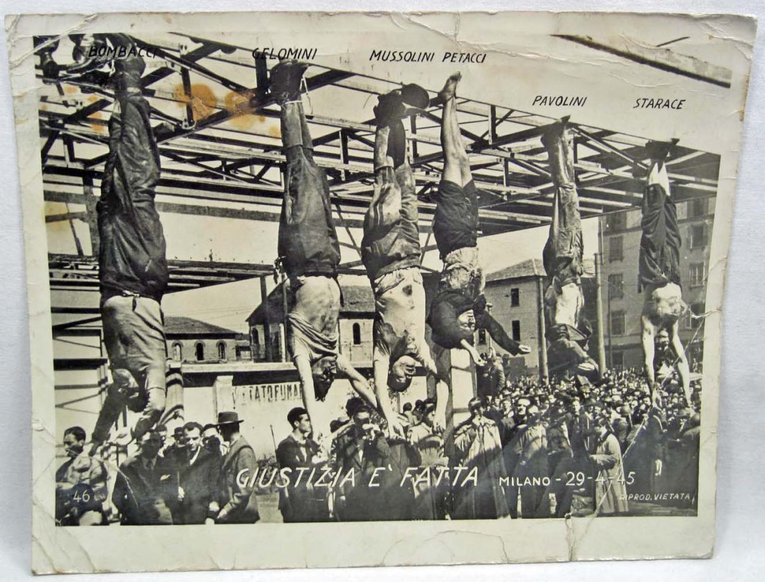 1945 PHOTO OF MUSSOLINI & 5 OTHERS HANGING FROM THEIR A