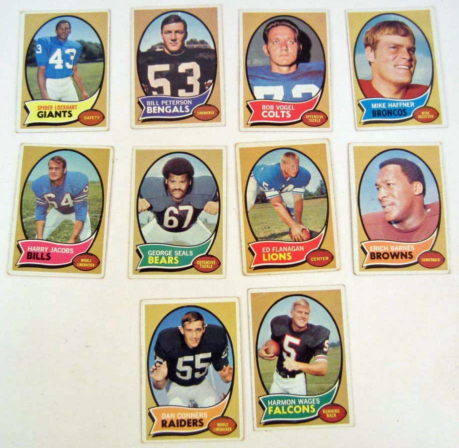 4101 - LOT OF 10 1970 TOPPS FOOTBALL CARDS