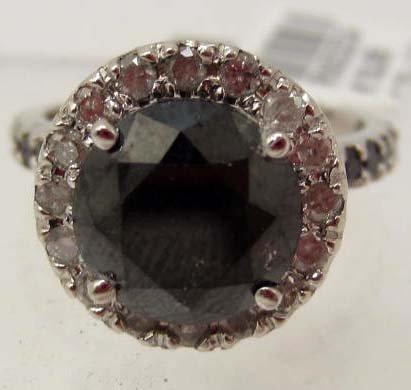 14K WHITE GOLD BLACK & WHITE DIAMOND RING - SZ. 7.75