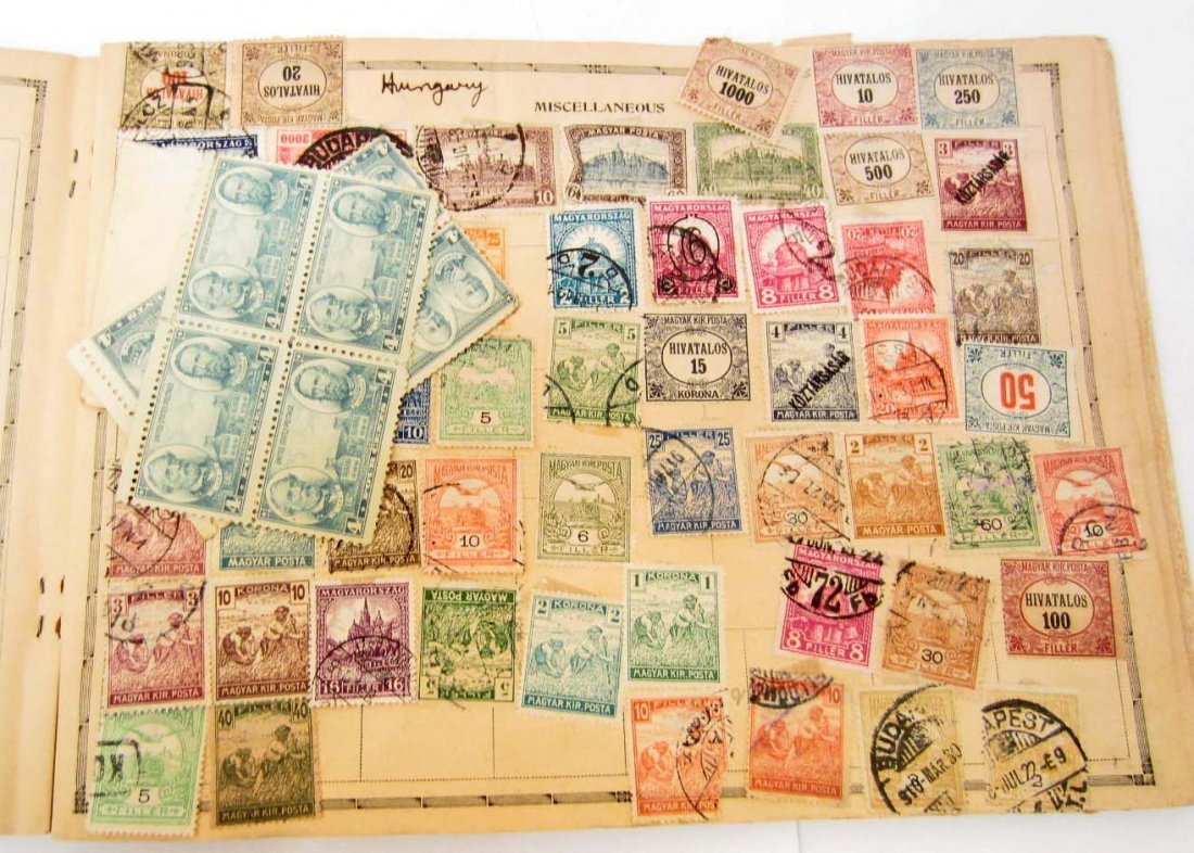 LARGE COLLECTION OF VINTAGE STAMPS IN ALBUM