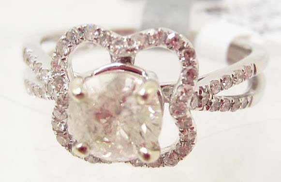 18K WHITE GOLD LADIES DIAMOND RING - SIZE 6.75