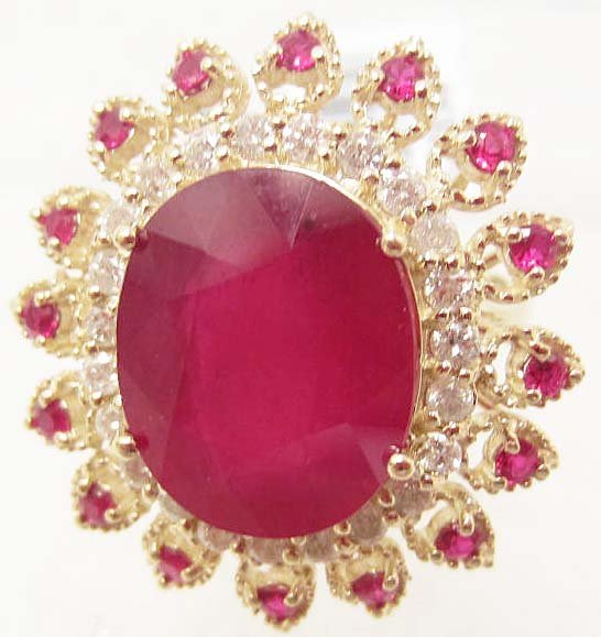 14K GOLD RUBY AND DIAMOND RING - SIZE 7.25
